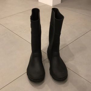 Kamik Black Rain Boots